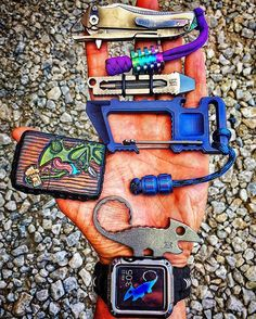 Some of today's gear #pocketdump #handdump #edcgear #edc #everydaycarry…