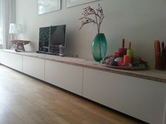 Mmm weet t niet Home Living Room, Apartment Living, Interior Design Living Room, Tv Stand Sideboard, Muebles Living, Home Decor Furniture, Consoles, Sweet Home, New Homes
