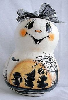 Ghost Gourd with Trick-or-Treat Kids - Hand Painted Gourd Halloween Gourds, Up Halloween, Vintage Halloween, Wired Ribbon, Ribbon Bows, Hand Painted Gourds, Gourds Birdhouse, My Ghost, Kids Hands