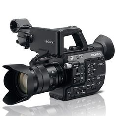 We've listed our top 10 favorite features of the #Sony #FS5! What do you think?! #cameras #zacutoblog #filmlife http://www.zacuto.com/sony-fs5-4k-camera