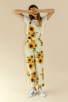 Kaitlyn Sunflower Overalls EXCLUSIVE Description: Sunflower-print overalls Adjustable straps H Girls Fashion Clothes, Teen Fashion Outfits, Cute Fashion, Girl Fashion, Girl Outfits, Sunflower Clothing, Sunflower Dress, Sunflower Print, Yellow Sunflower