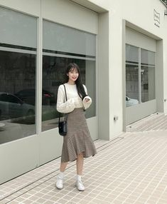 How often do you run across something fabulous, that influences your style? Then, shop the pieces our editors are praising right now. Korean Outfit Street Styles, Korean Fashion Dress, Ulzzang Fashion, Korean Street Fashion, Korea Fashion, Kpop Fashion, Asian Fashion, Modest Fashion, Fashion Outfits