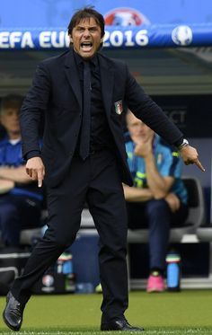 Italy's coach Antonio Conte reacts during Euro 2016 round of 16 football match between Italy and Spain at the Stade de France stadium in Saint-Denis, near Paris, on June / AFP / MARTIN BUREAU Antonio Conte, Uefa Euro 2016, 2016 Pictures, World Football, European Championships, Football Match, Spain, Italy, People