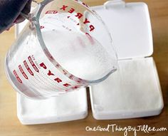 Make Your Own Swipes {Sanitizing Wipes}!