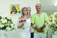 Um Caso Real lindo de uma noiva super altro-astral! A Luana e o Felipe casaram em um centro espírita lindo e fizeram um casamento super baratinho!