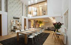 Squat v Pařížské? I to je možné! Squats, Table, Furniture, House Ideas, Design, Home Decor, Image, Decoration Home, Room Decor