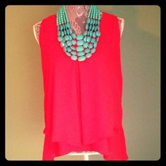 NY Collection Flowy Tank in Extreme Melon: NWT NEW with tags. Bright & lightweight fabric. Comfortable but dressy. Add a blazer for going into the office! Please leave offers under blue 'offer' button. All offers greatly considered, always willing to work with you! As always, leave any questions you may have below! NY Collection Tops Tank Tops