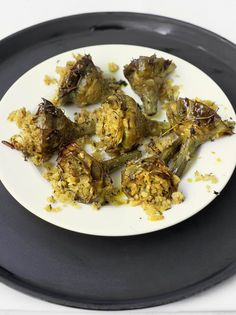 Tray-baked artichokes with almonds, breadcrumbs and herbs