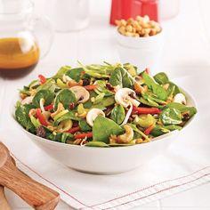 Salade d'épinards à la chinoise Salad Recipes, Dessert Recipes, Cold Meals, Edamame, Pasta Salad, Entrees, Spinach, Salads, Recipies