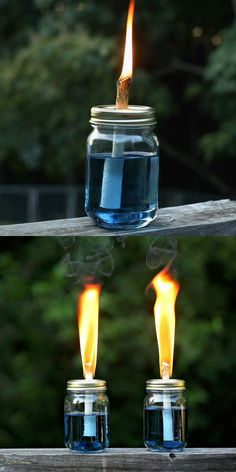 Make mason jar tiki torches that smell like peppermint, lavender or roses - none of that yucky citronella smell! This easy DIY bug repellant will keep the bugs away from your backyard or patio party jar Crafts DIY Tiki Torches Pot Mason Diy, Mason Jar Crafts, Pickle Jar Crafts, Uses For Mason Jars, Mason Jar Party, Diy Mason Jar Lights, Mason Jar Projects, Mason Jar Lighting, Solar Light Crafts
