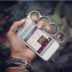 wow! Never drop your iPhone again with this iPhone knuckle case!