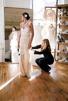 """Wedding Dress Shopping Don'ts - Hate the title (""""The Top 5 Things That Annoy Bridal Shop Consultants"""") but this really is good advice to help a bride find the right gown."""