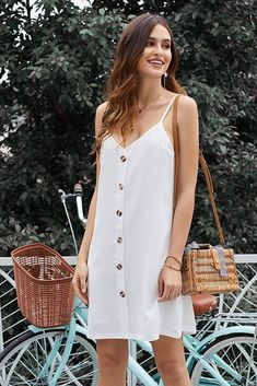 Top 55 summer dresses.  Including sexy sundresses, casual dresses, cute dresses perfect for a wedding guest, short, long and plus size too.  Find the perfect one!  #summerdresses Simple Dresses, Casual Dresses, Women's Dresses, Dress Suits, Mini Dresses, Fashion Dresses, Summer Outfits, Summer Dresses, Beachwear