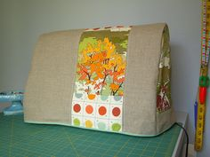 Great sewing machine cover.  Love this paint by numbers fabric!