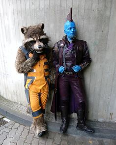 Mary Poppins and the Trash Panda are back from FedCon (german SciFi Convention) and it was a blast! Be prepared for a lot of Guardians-Spam for the next days/weeks/month ;) #fedcon26 #fedcon #fedcon2017 #gotg #gotgvol2 #gotgcosplay #guardiansofthegalaxyvol2 #guardiansofthegalaxy #guardiansofthegalaxycosplay #cosplay #cosplayer #cosplaying #cosplayersofinstagram #costumemaking #marvel #marvelcosplay #rocket #rocketraccon #rocketcosplay #rocketracconcosplay #yonduudonta #yondu #yonducosplay…