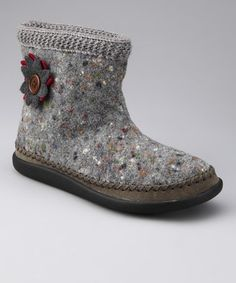 Take a look at this Daniel Green Gray Piper Wool Slipper Boot by Daniel Green on #zulily today!
