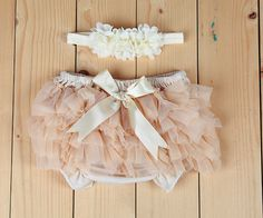 Baby Lace Bloomer Set- Newborn Headband and Bloomers- Newborn Photo Outfit-  ivory headband set- Cake smash outfit- Ruffle Baby Diaper cover