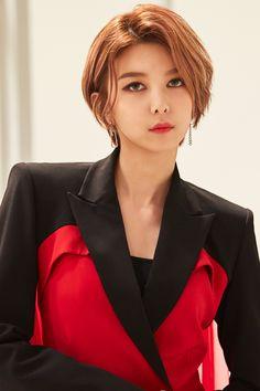 Kpop Short Hair, Kpop Hair, Girl Short Hair, Short Girls, Kpop Girl Groups, Kpop Girls, Stage Outfits, Hair Inspo, Pretty People