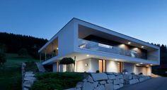 House in Pregarten by Architekturwerkstatt Haderer
