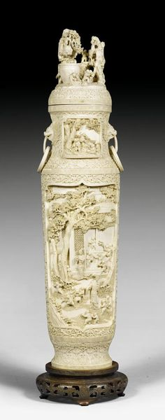 ❤ - A carved ivory vase and cover China, late Qing dynasty, H 60 cm Ancient Egyptian Tombs, China Art, Bone Carving, Chinese Antiques, Antique Art, Sculpture Art, Pottery, Asian, Qing Dynasty