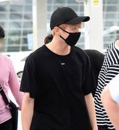 BTS JUNGKOOK arriving at Taipei Airport   July 7, 2018  