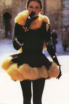 Angelika Kallio making a statement #90s #supermodels