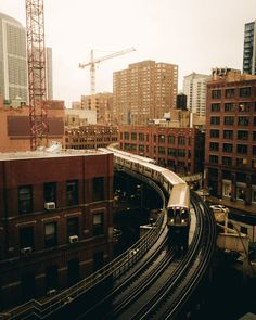 Classic view of Metro Trains from the Wells Kinzie Garage N Wells St, Chicago, IL - Chicago, IL Places In Chicago, Chicago Photos, Chicago Travel, Chicago City, Chicago Trip, Trains, S Bahn, Night City, Photo Location