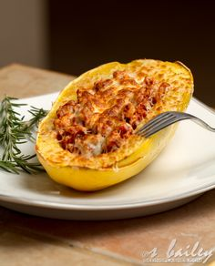Spaghetti Squash Boats - December 27, 2012 by Ari Ever since I discovered spaghetti squash, I almost never go back to real pasta. It's probably my favorite discovery in healthy cooking. I mean let's be real here, we eat pasta to get to the sauce. No one orders plain spaghetti with no sauce. The pasta is merely the vehicle, and this squash is, in my opinion, a MORE delicious vehicle.