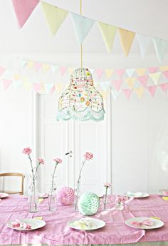 pastel colors party #styling #weddingstyle #party #weddings #tablescapes #pastels #bunting repinned by www.hopeandgrace.co.uk