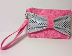 New to Sewdivine77 on Etsy: Sequins bow clutch/wristlet (14.00 USD)