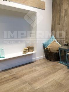 Dit keramisch parket evenaart dewarme uitstraling van een houten vloer. BeWood-Be-Dove-IMBEWODOV-IMPERMO #impermo #bewood #beDove #parket #keramisch