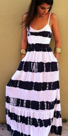 The perfect black and white maxi