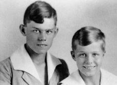 Joachim Peiper (right) and brother Horst, circa 1924.