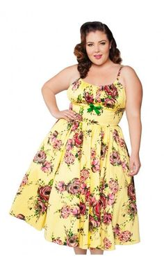 Vintage dresses have a great following among ladies and even plus size women are not left untouched by this trend. Among other sizes of vintage clothing, plus size vintage clothing is also one of the hottest segment of the clothing market.