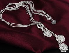 Free shipping neaklace Fashion jewelry 925 Silver necklace flower pendant neaklace jewelry