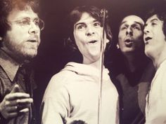 1977 w/ Phil Aaberg, Peter Gabriel, Tony Levin and Jimmy Maelen