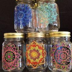 New mason jars ready to go henna hennaonhudson mehndi… Wine Bottle Crafts, Mason Jar Crafts, Bottle Painting, Bottle Art, Jar Art, Dot Art Painting, Painted Mason Jars, Decorated Jars, Glass Art