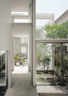 house a ryue nishizawa Japan Architecture, Architecture Details, Interior Architecture, Google Design, Ryue Nishizawa, Internal Courtyard, Japanese Interior, House Extensions, Japanese House