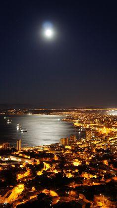 moonlight on Valparaiso - Chile