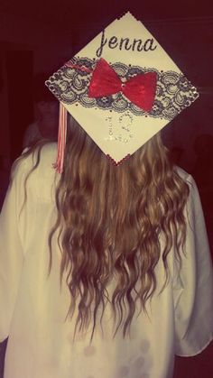 """I want this for when I graduate. But blue instead of red to match my school colors. And add underneath """"Mischief Managed"""" Graduation Cap Designs, Graduation 2016, High School Graduation, Graduation Cap Decoration, Grad Pics, Graduation Pictures, Passende Outfits, Senior 2015, Senior Year"""