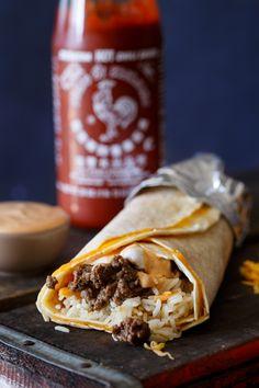 Sriracha Quesarito (Recipe in the comments) [OC] x via Classy Bro Mexican Food Recipes, Beef Recipes, Recipies, Mexican Meals, Dinner Recipes, Quesarito Recipe, Tacos And Burritos, Latin Food, Restaurant Recipes