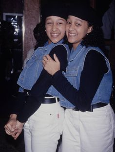 Remember Tia & Tamara on Sister, Sister? Black Love, Beautiful Black Women, Tia And Tamera Mowry, Famous Sisters, Halloween Inspo, Good To See You, Natural Hair Inspiration, Heart For Kids, Celebs