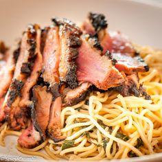 Grilovaná kachní prsa v marinádě - Spicy Crumbs Spaghetti, Ethnic Recipes, Food, Meal, Essen, Hoods, Meals, Eten