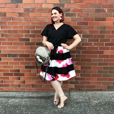 Eloquii is based in the states and makes clothes from Size 14 to Size 28 (US). I have ALWAYS wanted to buy from Eloquii. Dress Skirt, Midi Skirt, Dress Up, Plus Size Skirts, Plus Size Outfits, Curvy Fashion, Plus Size Fashion, Curvy Women Outfits, Curvy Plus Size