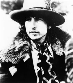 """Bob Dylan's memoir """"Chronicles Volume One"""" is a fascinating book but it deals with almost none of the big events in his career and is not chronological in structure. That would be OK if it had an index. Michael Gray has created an index that fits any edition in English: 31 pages, with 1,384 entries. PDF file only £8. Buy it from the Shop page of his website www.michaelgray.net"""