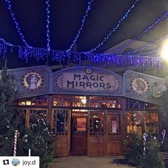 INCONTOURNABLE ! La taverne d'antan du Village de Noël ! Endroit convivial et chaleureux où vous vous régalerez de vins chauds, chocolats chauds, bière traditionnelle et bien sûr la SOUPE AUX CAILLOUX ! N'hésitez pas une seule seconde, poussez les portes 😊😍. magnifique photo de @joy.d  #stquentin #stq #jaimesaintquentin #visitsaintquentin #aisne #jaimelaisne #picardie #espritdepicardie #hautsdefrance #hautsdefrancetourisme #noelhdf #villagedenoel #marchedenoel #noel #noel2016 #xmas…