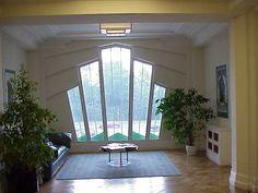 Very art deco waiting room in London's Hoover Building [640  480] http://ift.tt/2ec4RQ2