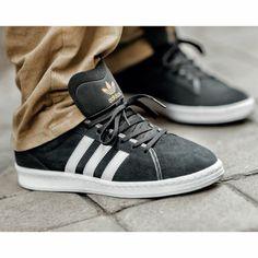 size 40 6d6b6 72e12 Schwarze Outfits   Accessoires   Offizieller adidas Shop