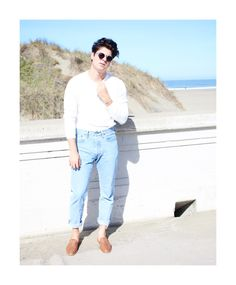 How To: Wear White After Labor Day // @clubmonaco henley, @levisbrand  jeans