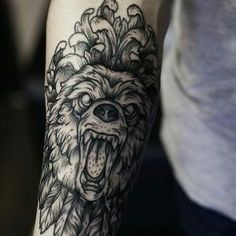 Тони Рату Тату Предплечье медведь tatto